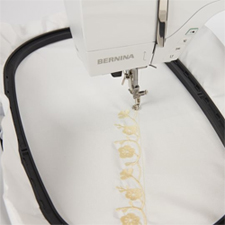Bernina-700-Stickmaschine-Bild2