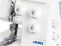 Juki-MCS-1500-Bedienelemente-und-Farbcodierte-Fadenwege-200x150